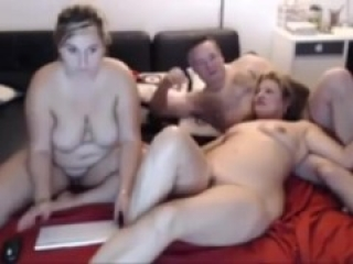 Youtuber family threeway